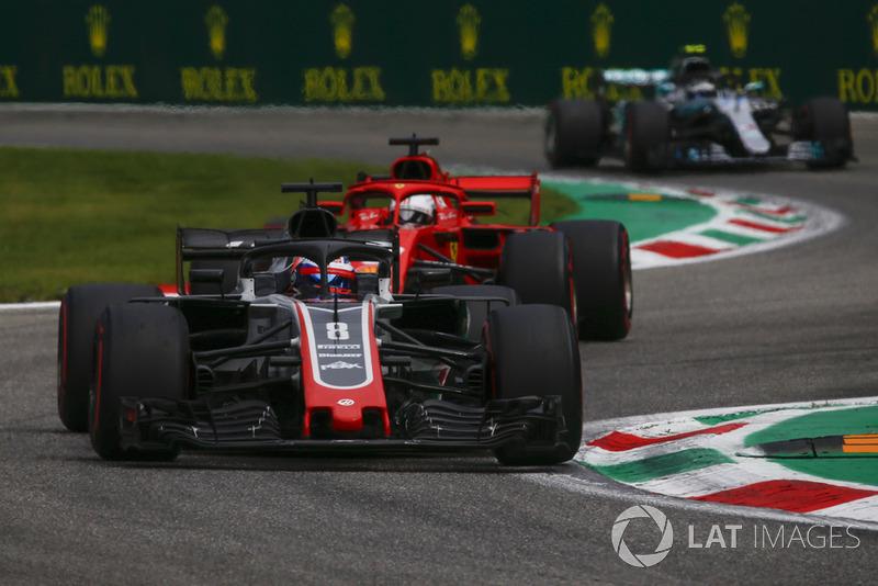 Romain Grosjean, Haas F1 Team VF-18, Sebastian Vettel, Ferrari SF71H and Valtteri Bottas, Mercedes AMG F1 W09