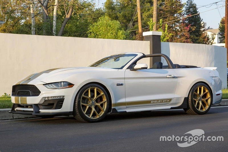 Shelby GT Ford Mustang GT