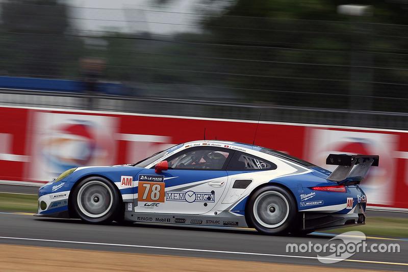 #78 KCMG Porsche 911 RSR: Крістіан Ріід, Вольф Хенцлер та Жоель Каматьяс