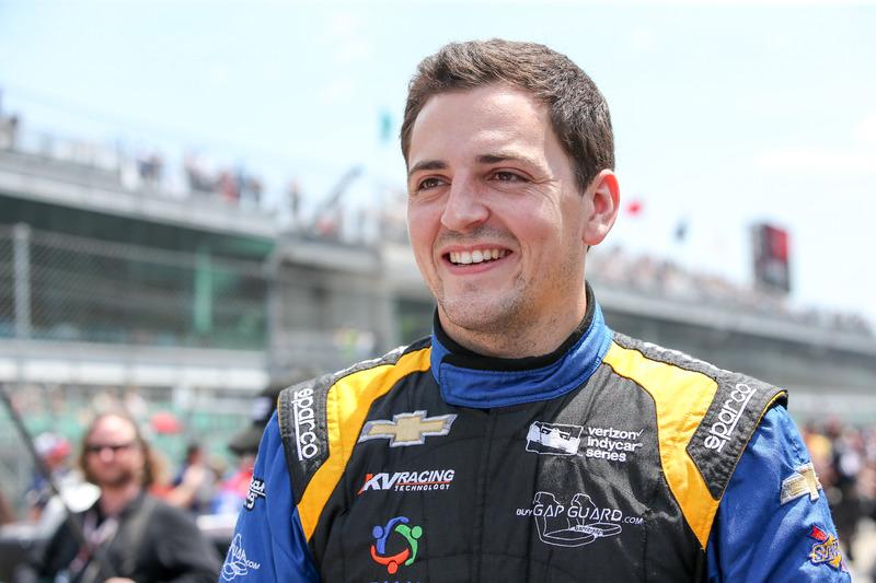 "Andretti Autosport: <img src=""https://cdn-7.motorsport.com/static/img/cfp/0/0/0/200/227/s3/united_kingdom-2.jpg"" alt="""" width=""20"" height=""12"" />Стивен Уилсон (№25, выступит только на Indy 500)"