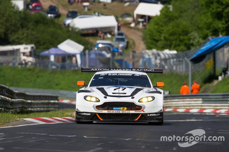 #77 Stadavita Racing Team, Aston Martin Vantage V8 GT4: Stephan Kuhs, Scott Preacher, Max Walter von Bär, Markus Lungstrass