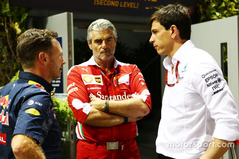 (L to R): Christian Horner, Red Bull Racing Team Principal with Maurizio Arrivabene, Ferrari Team Pr