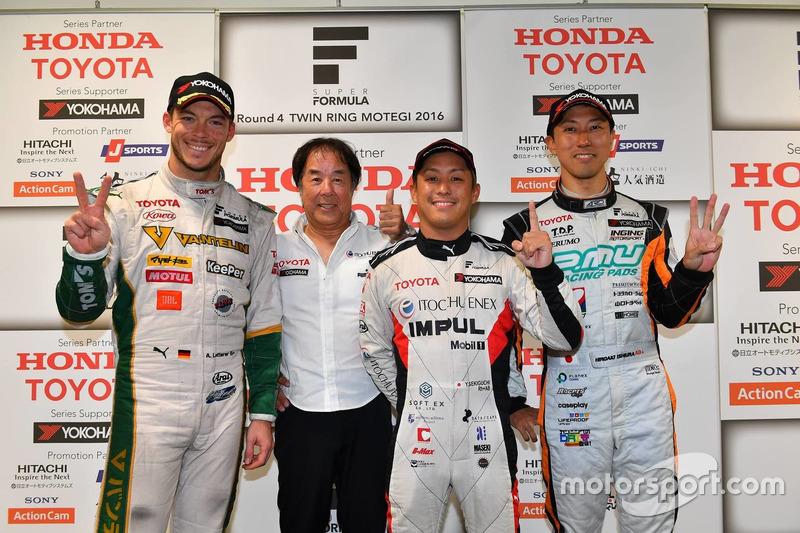 1. Yuhi Sekiguchi, Team Impul; 2. Andre Lotterer, Team Tom's; 3. Hiroaki Ishiura, Cerumo Inging, mit