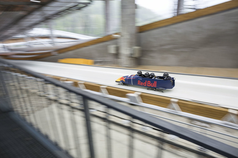 Olympic bobsled team races