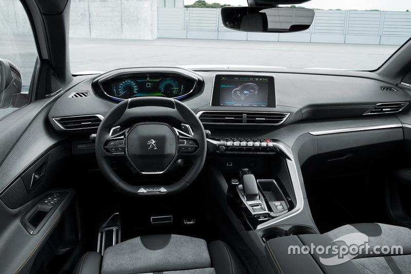 Peugeot 3008 із двигуном Plug-in Hybrid