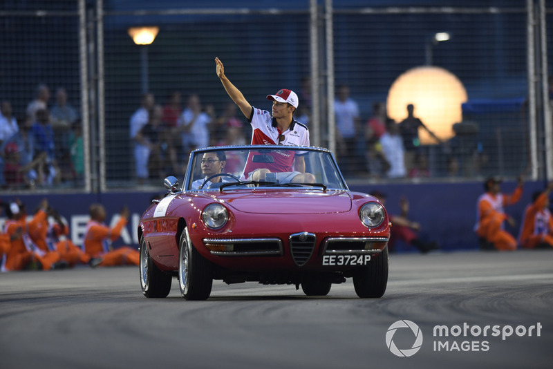 Charles Leclerc, Sauber on drivers parade