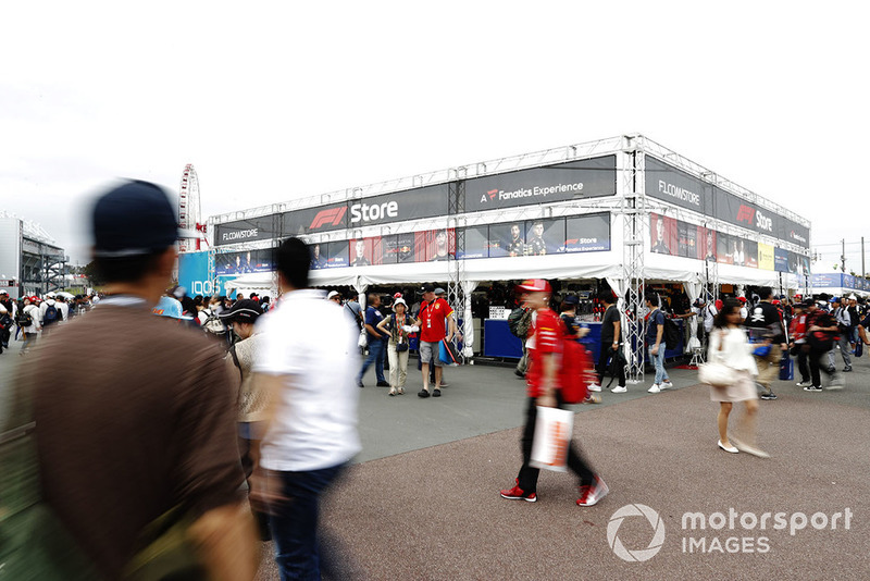 Hustle and bustle around the F1 store in the fan village