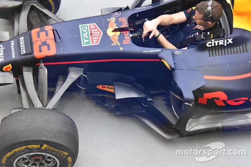 Red Bull Racing RB13, Seitenkästen, Detail