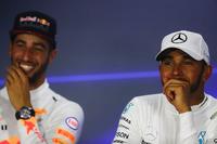 Press conference: race winner Lewis Hamilton, Mercedes AMG F1, second place Daniel Ricciardo, Red Bull Racing, third place Valtteri Bottas, Mercedes AMG F1