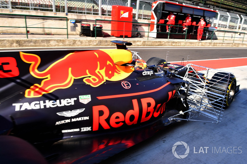 Max Verstappen, Red Bull Racing RB13, aero sensor