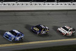 Kyle Larson, Chip Ganassi Racing Chevrolet, Chase Elliott, Hendrick Motorsports Chevrolet, Danica Pa