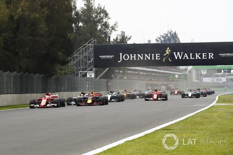 Sebastian Vettel, Ferrari SF70H, Max Verstappen, Red Bull Racing RB13, Lewis Hamilton, Mercedes AMG F1 W08, Valtteri Bottas, Mercedes AMG F1 W08, Kimi Raikkonen, Ferrari SF70H