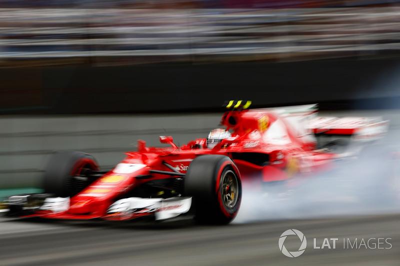Kimi Raikkonen também andou bem é larga em terceiro