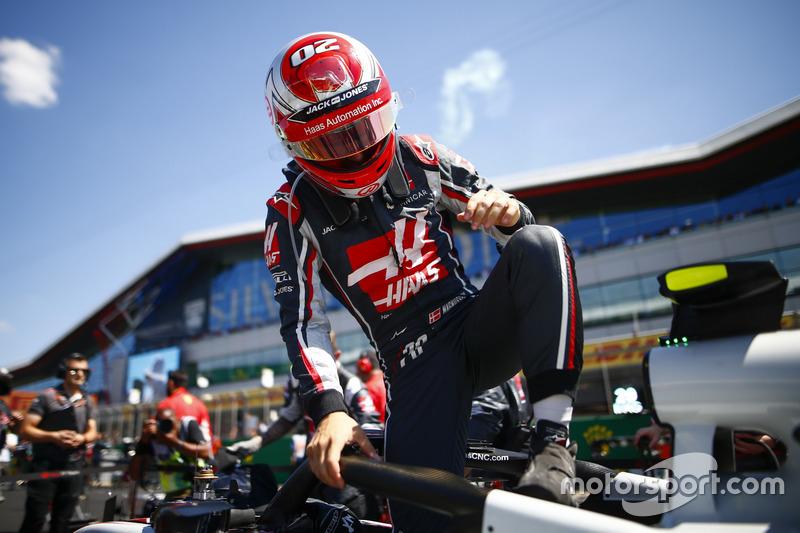 Kevin Magnussen - Haas F1 Team: 8