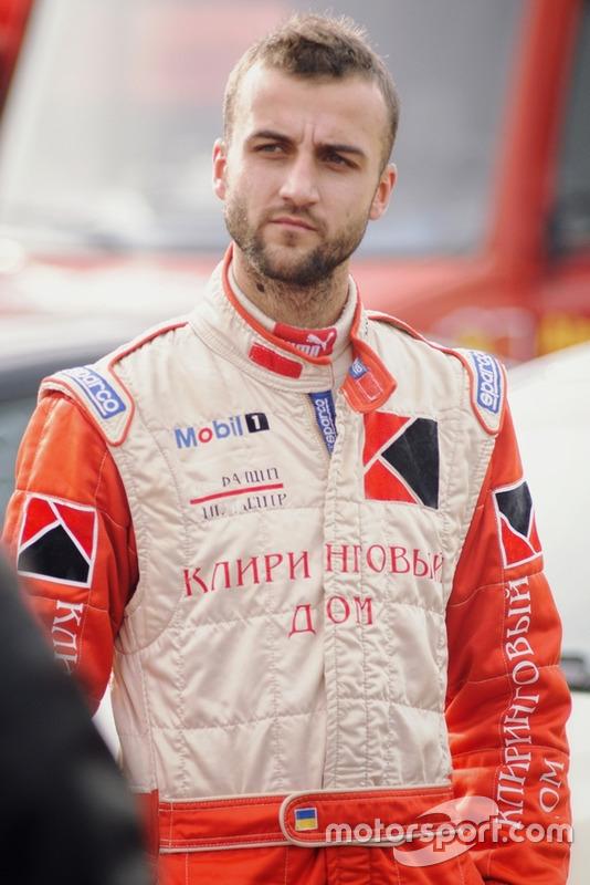 Юрій Мочанов - задумливість перед відкриттям гонки