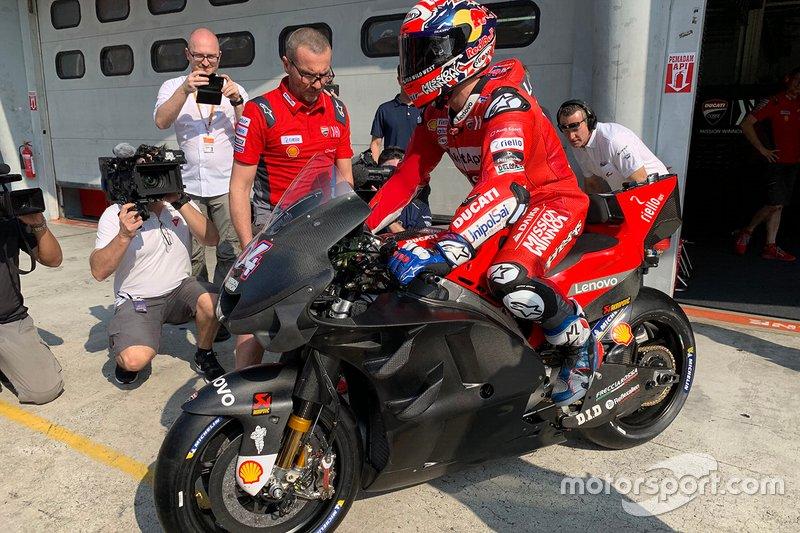 Andrea Dovizioso, Ducati Team carenado