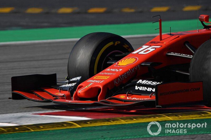 Ніс та переднє антикрило Ferrari SF90