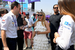 Kylie Minogue on the grid