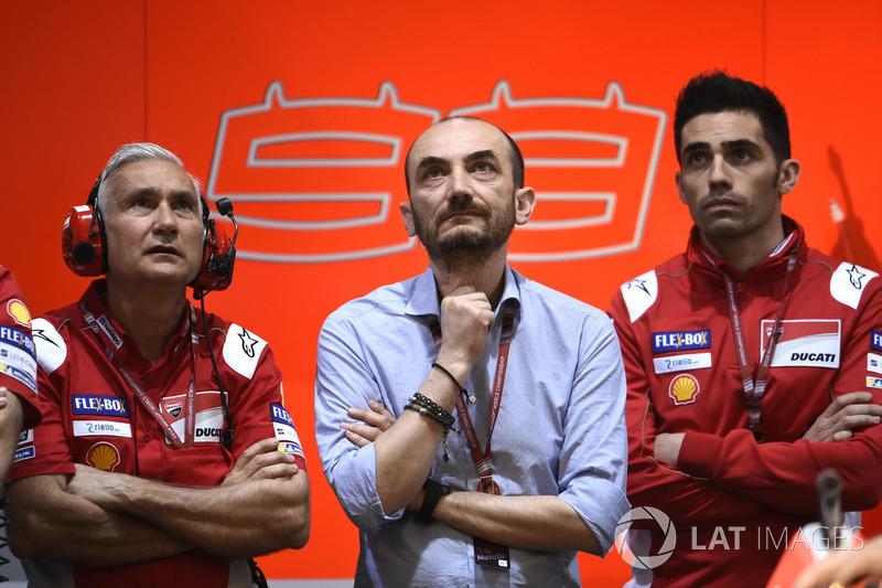 Davide Tardozzi, Team Manager Ducati Team, Claudio Domenicali, CEO Ducati dan Michele Pirro, Ducati Team