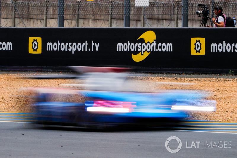 Motorsport.tv signage