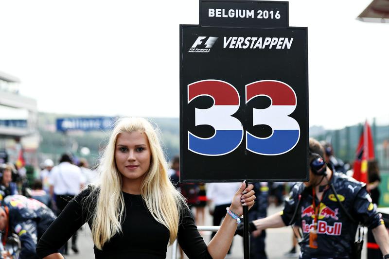 Grid kızı, Max Verstappen, Red Bull Racing