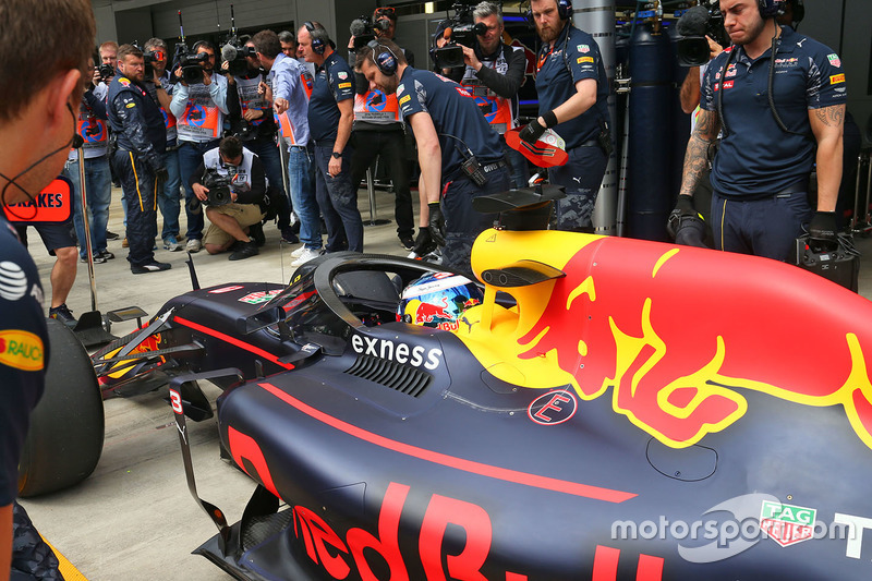 Daniel Ricciardo, Red Bull Racing RB12 con el Aero Screen
