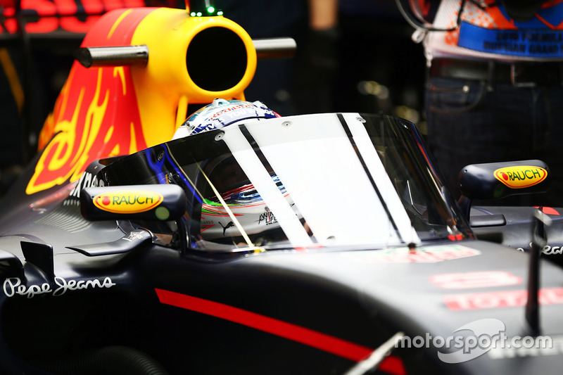 Даніель Ріккардо, Red Bull Racing RB12 з Aero Screen