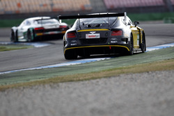 #7 Bentley Team ABT, Bentley Continental GT3: Daniel Abt, Jordan Lee Pepper.