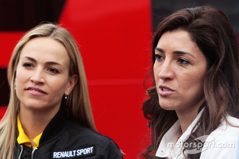 (L to R): Carmen Jorda, Renault Sport F1 Team Development Driver with Fabiana Flosi, wife of Bernie Ecclestone