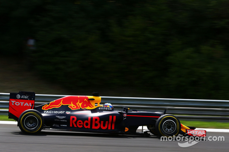 3. Daniel Ricciardo, Red Bull Racing RB12