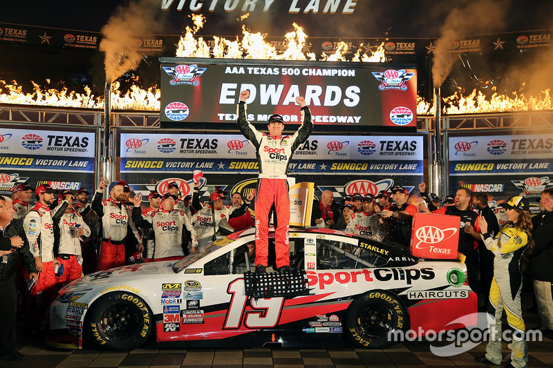 8. Переможець Карл Едвардс, Joe Gibbs Racing Toyota