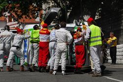 Augusto Farfus, BMW Team Germany, BMW 320si crash