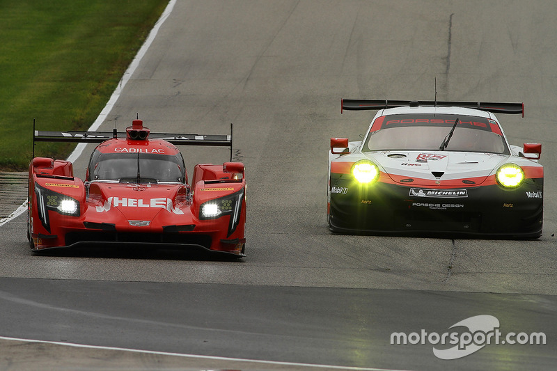 #31 Action Express Racing Cadillac DPi: Ерік Каррен, Дейн Камерон, #912 Porsche Team North America P