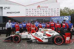 Race winner Sébastien Bourdais, Dale Coyne Racing Honda and team