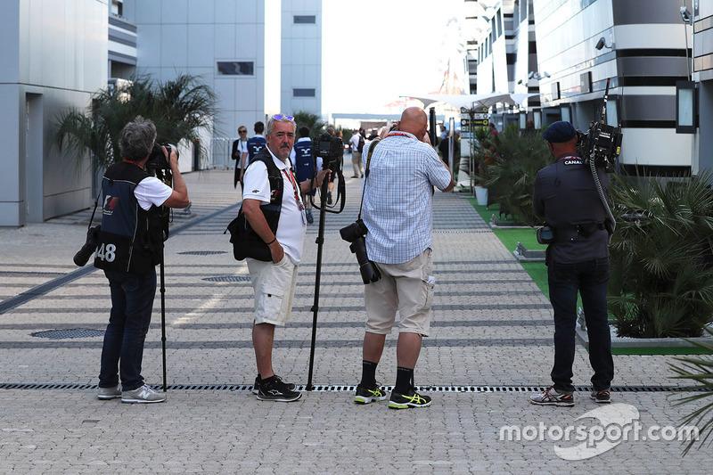 Mark Sutton, Sutton Images F1 Photographer