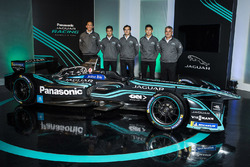 Мітч Еванс, Нельсон Піке-мол., Хопін Тун, Jaguar Racing