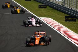 Stoffel Vandoorne, McLaren MCL32, Esteban Ocon, Sahara Force India F1 VJM10, Jolyon Palmer, Renault Sport F1 Team RS17