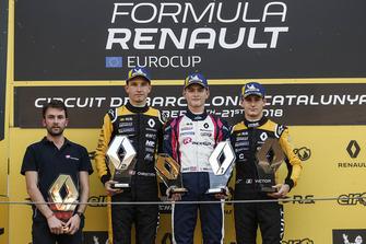 Race winner Logan Sargeant, R-Ace GP, second place Christian Lundgaard, MP motorsport, third place Victor Martins, R-Ace GP