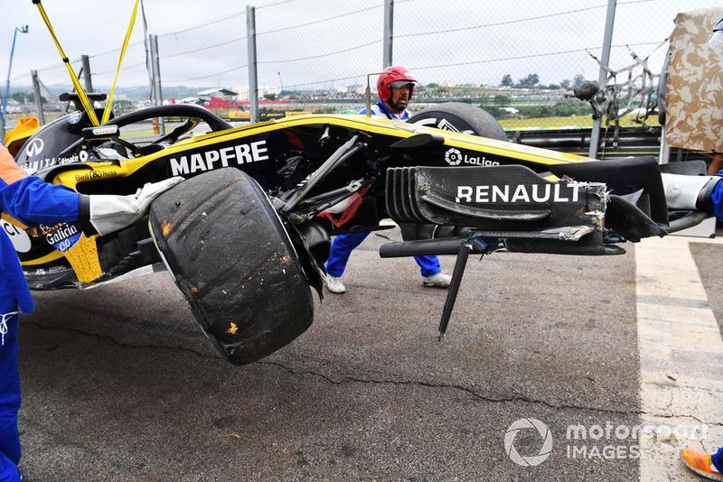 После аварии: разбитый автомобиль RS18 НИко Хюлькенберга