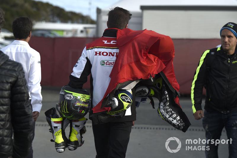 Cal Crutchlow, Team LCR Honda leathers after crash