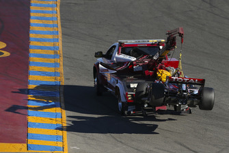Graham Rahal, Rahal Letterman Lanigan Racing Honda, Crash