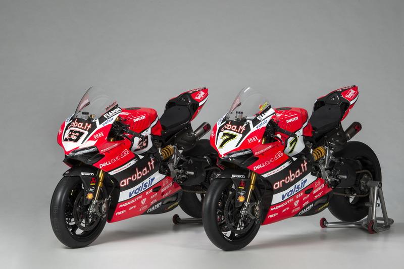 Motos de Marco Melandri y Chaz Davies, Ducati Team
