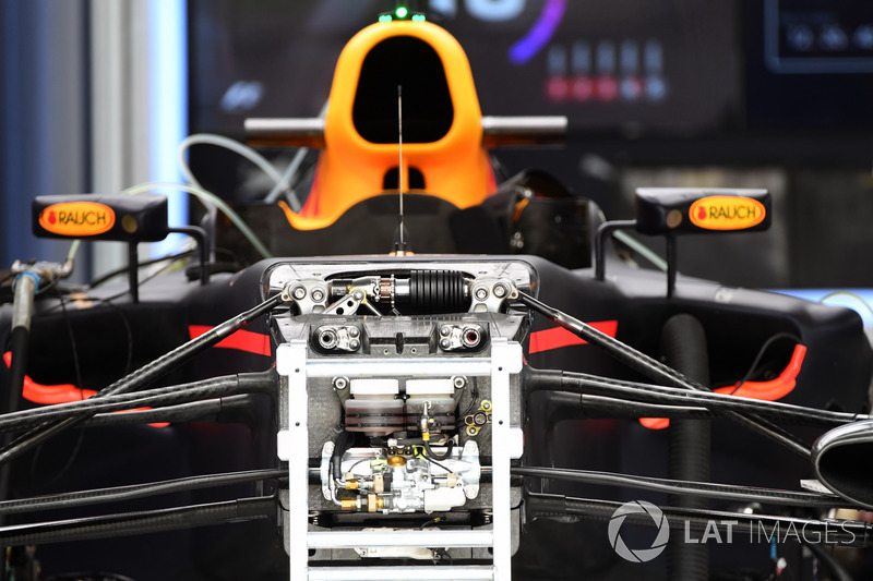 Red Bull Racing RB13 front suspension and chassis detail