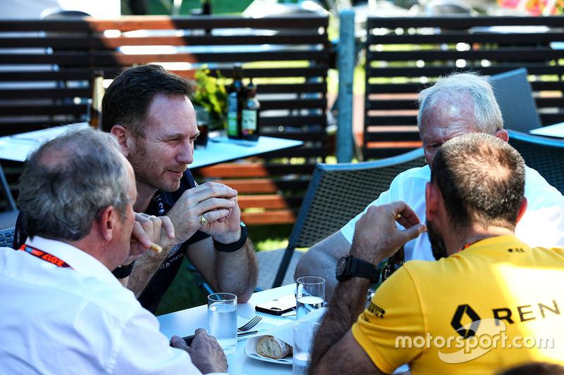 Christian Horner, Red Bull Racing; Helmut Marko, Red Bull; Jerome Stoll, Renault; Cyril Abiteboul, Renault