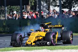 Nico Hulkenberg, Renault Sport F1 Team RS17 locks up under braking