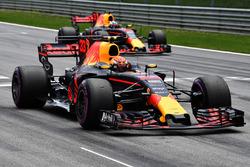 Max Verstappen, Red Bull Racing RB13 inicio de la práctica