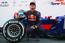 Carlos Sainz Jr. mit dem Toro Rosso STR12