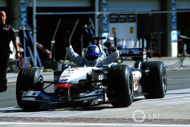 2001: McLaren MP4/16 Mercedes (четыре победы, 2-е место в КК)