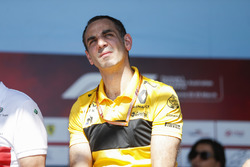 Cyril Abiteboul, CEO, Renault Sport F1 Team, sahnede