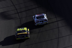 Matt Tifft, Joe Gibbs Racing Toyota, Cole Custer, Stewart-Haas Racing Ford